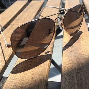 d164b5e8248e Steve Madden Accessories - Steve Madden silver mirror aviator sunglasses
